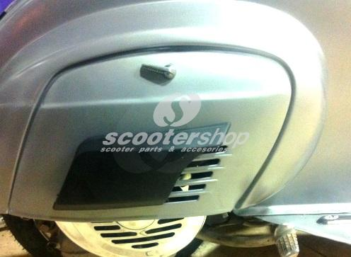 Air scoop on engine panel (plastic) black Vespa V50, Primavera.