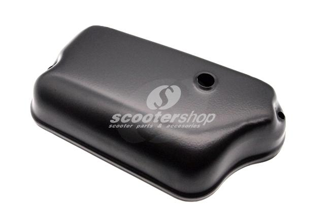 Black carburator cover for Vespa Px-Pe (until 1984), Sprint, Rally, Vbb, Vba, Gt, Ts. For carburators without separate lubrication.