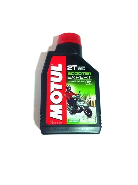 "Oil 2T MOTUL ""Scooter expert"" semisynthetic"