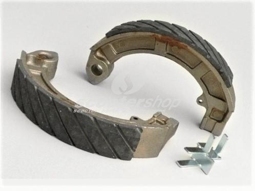 Brake shoes Antiaqua for Vespa PX, PK, Sprint, Rally.